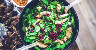 food-salad-healthy-lunch-large (1)