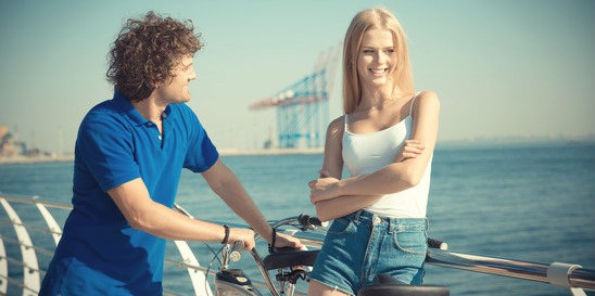 How To Flirt With A Girl: The Science Behind Effective