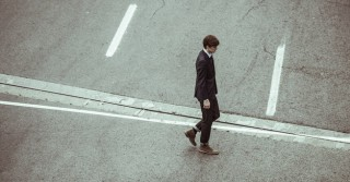 man-crossing-crossroad-businessman-fashion-large