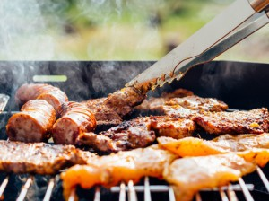 food-chicken-meat-outdoors-medium