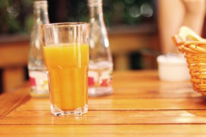 morning-breakfast-orange-juice-medium