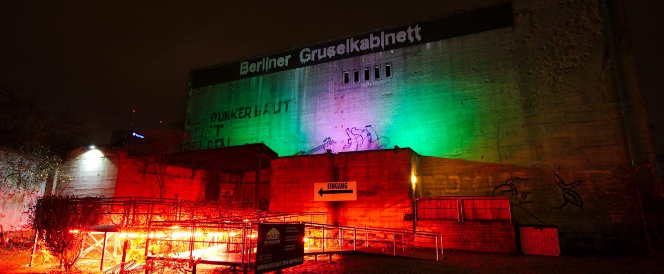 Berlin_Story_Bunker_mit_Farbwechsel-Beleuchtung_(15749752420)