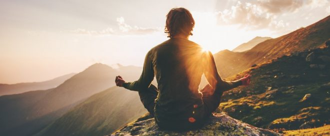 How to Get Peace of Mind in Daily Life and Live Happily