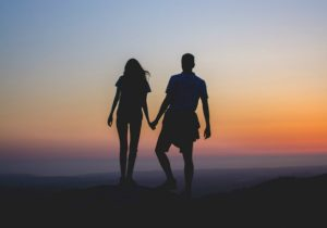 8 Reasons Why Emotional Distance Appears in Your Relationship
